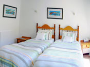 De Kelders Bed and Breakfast Guest house accommodation in De Kelders, Gaansbaai - watch whales from your bedroom